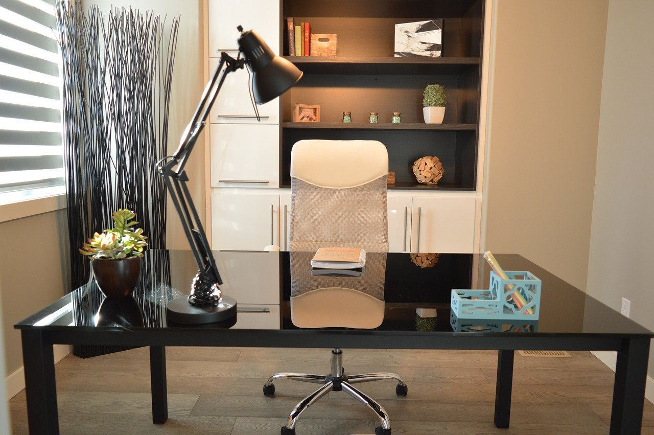 10 Amazing Ergonomic Desk Chairs for Your Home Office [2021]